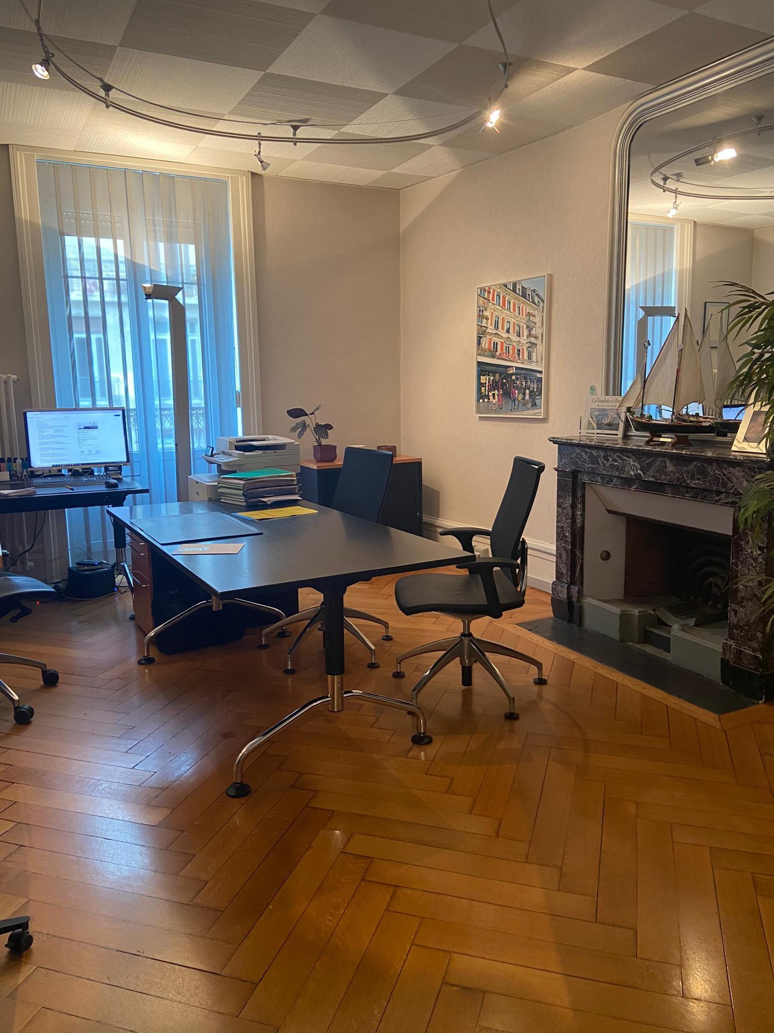 Bureau de 3.0 pièces au 3ème étage à Montreux